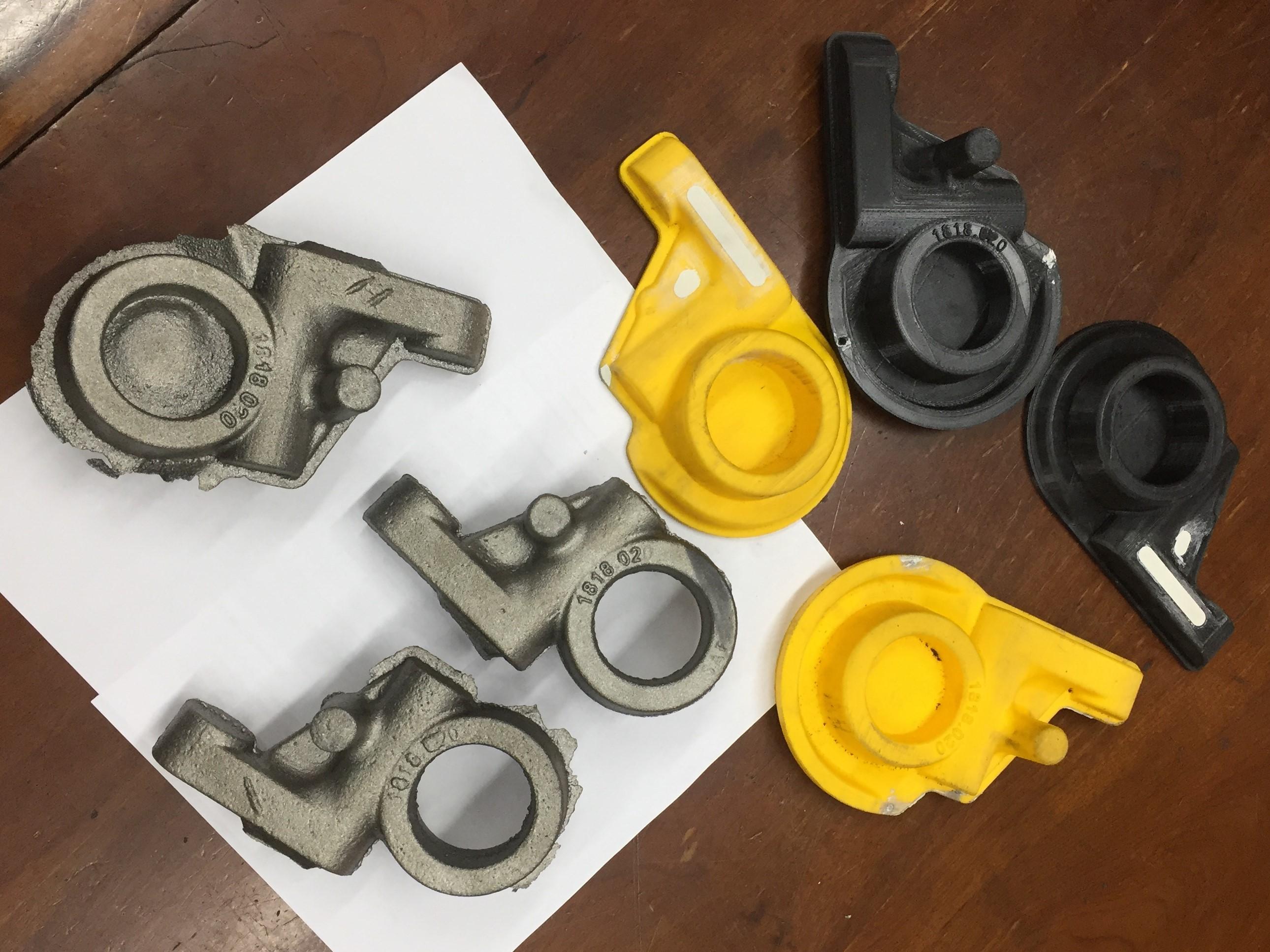 Modelos impressos em 3D pela Riosulense e peças finais fundidas.