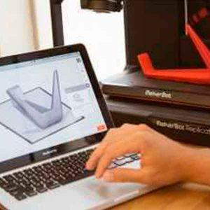 makerbot-replicator-plataforma-flexivel